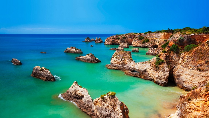 Colourful Algarve beach