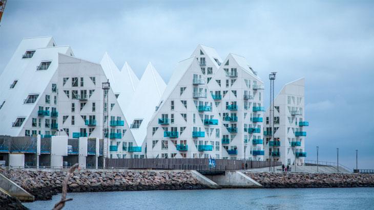 Isbjerget apartment buildings